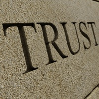 using linguistics to build trust